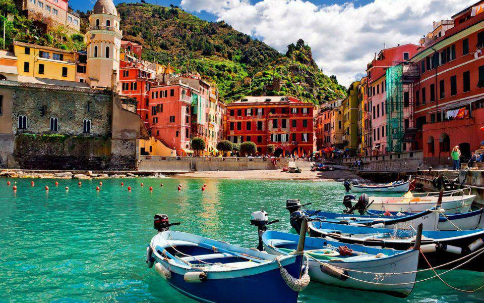 Take A Walking Holiday In Cinque Terre The Karachiite