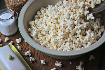 bowl of popcorn front profile