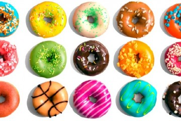 different volours of donuts