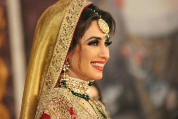 Iman Ali smile side profile