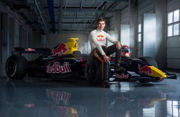 Dutch teenager join formula one race