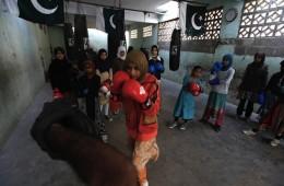 Liyari girl boxing practice