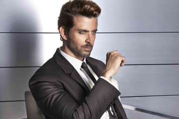 bollywood actor Hrithik Roshan front profile