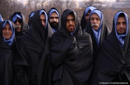 iranain man wear hijab